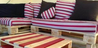 divano pallet rosso